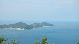 観光メニュー:海ほたる・粟島海員学校跡=粟島海洋記念公園・ぶいぶいガーデン・城山展望台・海水浴場・島八十八箇所巡り