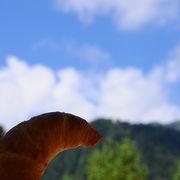 美味しい空気の中で食べるパン