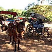 バガンの寺院巡りは馬車か自転車・電動バイクが必須です