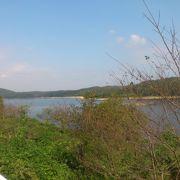 明治村近くの池