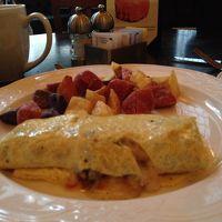 朝食にオムレツ