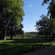 広~い公園です