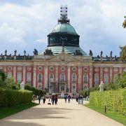 大きな宮殿