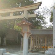 徳川家康が関ヶ原の戦いの戦勝祈願をした神社です。