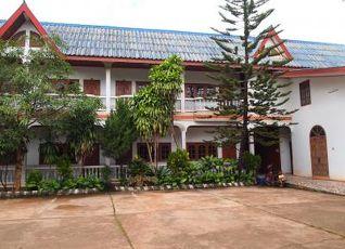 プータウォン ホテル 写真