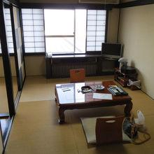 7.5畳+4.5畳2間続きのの和室。
