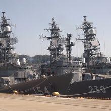 ほかの艦船も撮影可能でした。