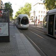 地下鉄、トロリーバス、ケーブルカーと連携