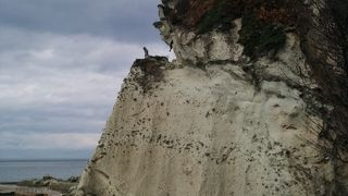 不思議な岩の世界
