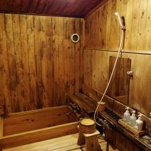 檜の内風呂です。