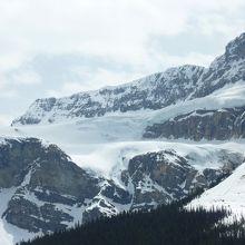 山から3本の流れが見えます