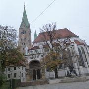 静かで落ち着ける教会