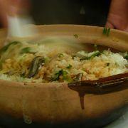 土鍋ご飯はお姉さんが良くかき混ぜて取り分けてくれて、程よいおこげも入っていて絶品でした