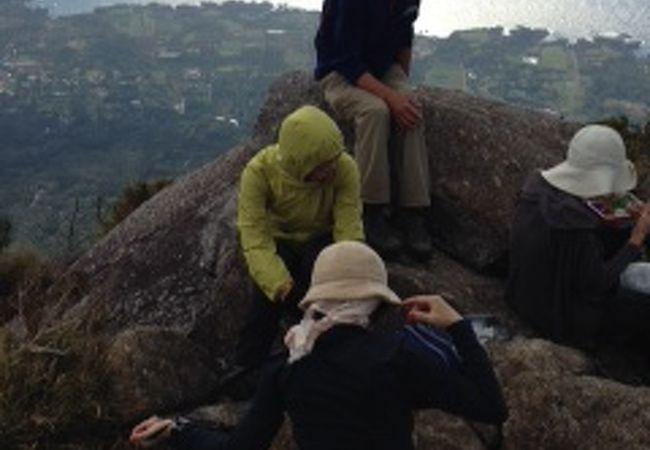 登山には本格的な装備が必要