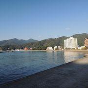 西伊豆最大の海水浴場で広い~