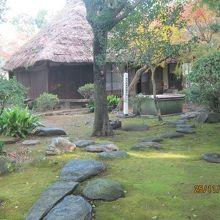かつての延岡城の西の丸の庭園です。