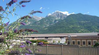 イタリアアルプスの指折りのリゾート地とトレッキングの出発点