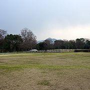 子供は思いっきり遊び、大人はゆっくりと楽しめる日本海沿いの公園