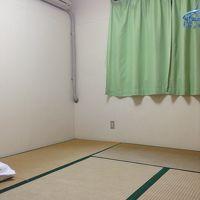 シンプルな部屋。
