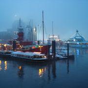 冬のハンブルグ港