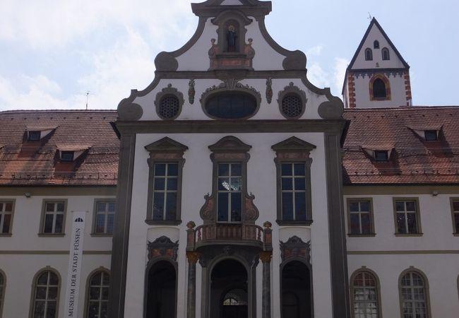 フュッセン街中の観光ポイントの一つ