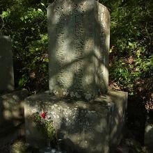 萱野権兵衛の墓