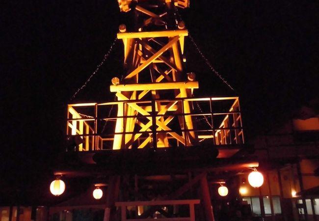 日本初のホタル舟の運航