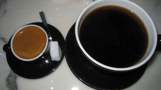 コーヒーが大きなコヒーカップに入っていて、飲みきれないほどでした。