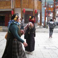 少数民族の観光客