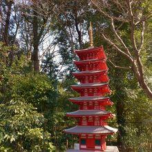 敷地内にある七重の塔のミニチュア