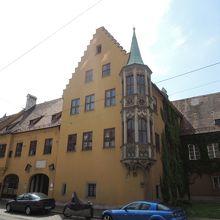 界最古の社会福祉住宅