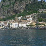 世界遺産のアマルフィ海岸を見ながら、アマルフィからサレルノへ船で・・・