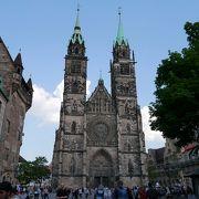 象徴として歴史ある教会