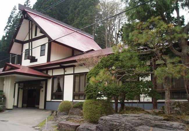 岩倉温泉 (岩倉ホテル)