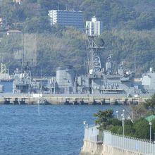 米海軍の艦艇です。