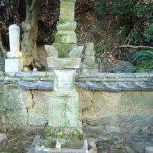 村上武吉の墓