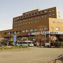 駅の周辺にあるホテルです。