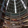 ペトロナスツインタワーの下階にある高級ショッピングモール