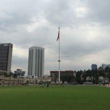 高さ100mの国旗掲揚塔
