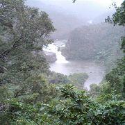 県内最大の川の滝1