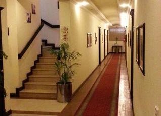 ホテル ワン セブンス アベニュー イスラマバード 写真