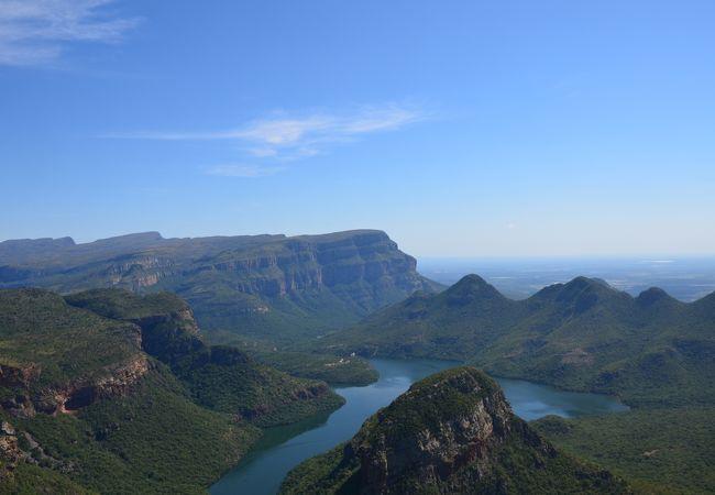 世界三位の渓谷の絶景は必見です。