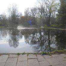 春の大野池
