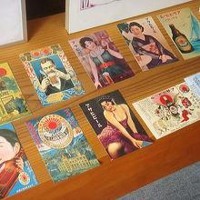 お土産にこんなポストカードはいかが。
