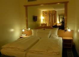 ホテル ドライ ローヴェン 写真