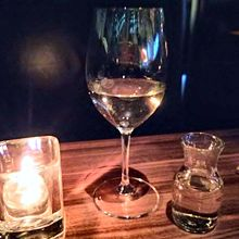 グラスワイン 2杯分の量が一度に出てきた 1杯あたりCA$6