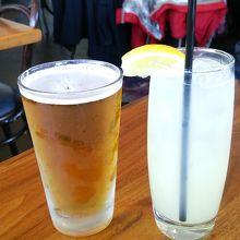 ビールもカクテルも大きなサイズ!