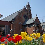 赤レンガの教会
