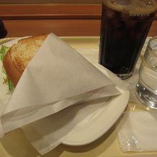 朝カフェセットB(ポテトサラダとリオナソーセージ)