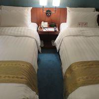 一人なのベッドが2つ